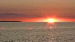 ralenti,lénifiant,endroit,bousculade,espace-temps,apprivoiser,angoisse,redresser es tuteurs,nésitation,vie avachie,se soustraire,platitude,agaçant,la norme,ne pas exister,présence rassurante,lumière,éclatant,absurde,il ne reste qu'à s'annuler,coucher de soleil sur la mer,bleu cristallin,aubes marines