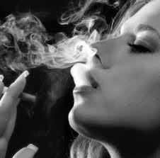 FUMME CIGARETTE.jpeg