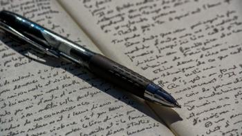 au magma présent de l'écriture,